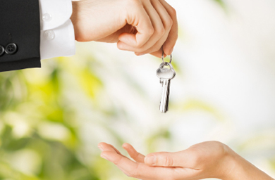 Vendedor: ¿Sabe los peligros que corre al aceptar las llaves del inmueble de un cliente?