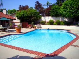 Cómo mantener perfecta el agua de tu piscina en verano