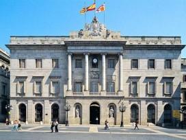 El plan de Ada Colau para construir 2.365 casas de alquiler social en Barcelona no encuentra financiación