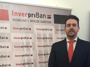 Los inversores españoles buscan valores seguros ante la incertidumbre bursátil y política