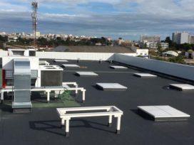 Evacuadores de humo que permiten ahorrar en la factura de la luz: así son los sistemas contra incendios de Danosa