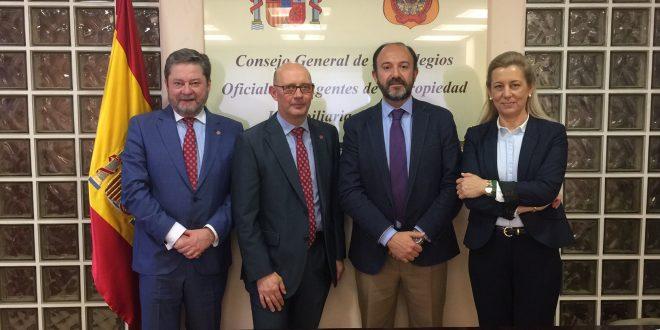 Los agentes de la propiedad inmobiliaria y los administradores de fincas colegiados se unen para pedir la regulación de las profesiones inmobiliarias en España