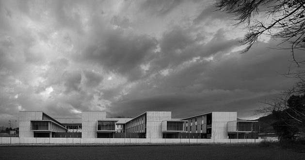El hospital de olot, construido por sacyr, premio beyond building construmat edificación 2015