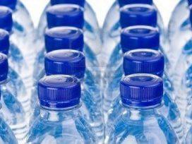 Aumenta el consumo de agua envasada en los hogares españoles: 60,71 litros por persona y año