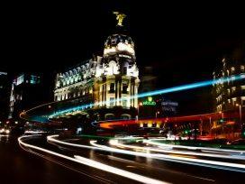 JLL intermedia en el alquiler de una tienda de gran formato que ocupará Decathlon en centro urbano de Madrid