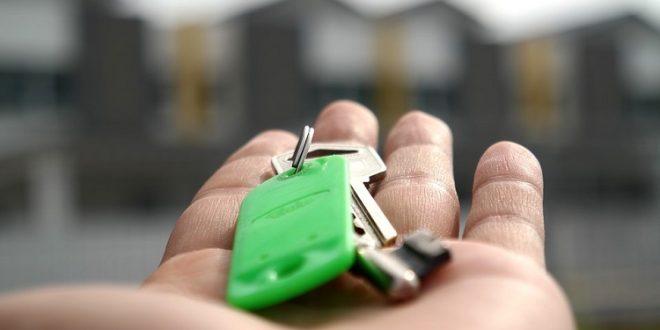 Condenan a pena de cárcel a un inquilino por desvalijar y dañar la vivienda antes de abandonarla