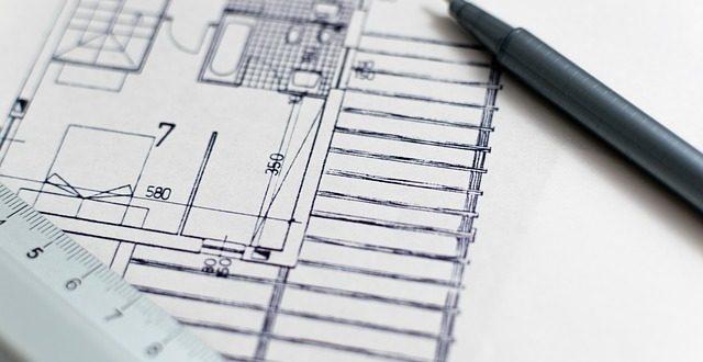 ¿Responde penalmente el promotor que desvía las cantidades anticipadas por vivienda sobre plano?