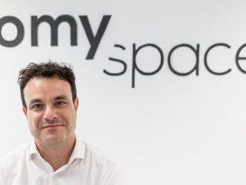 Entrevista a Ángel Mayoral, CEO de Homyspace, sobre las restricciones impuestas por elPlan Especial Urbanístico de Alojamientos Turísticos (PEUAT)del Ayuntamiento de Barcelona